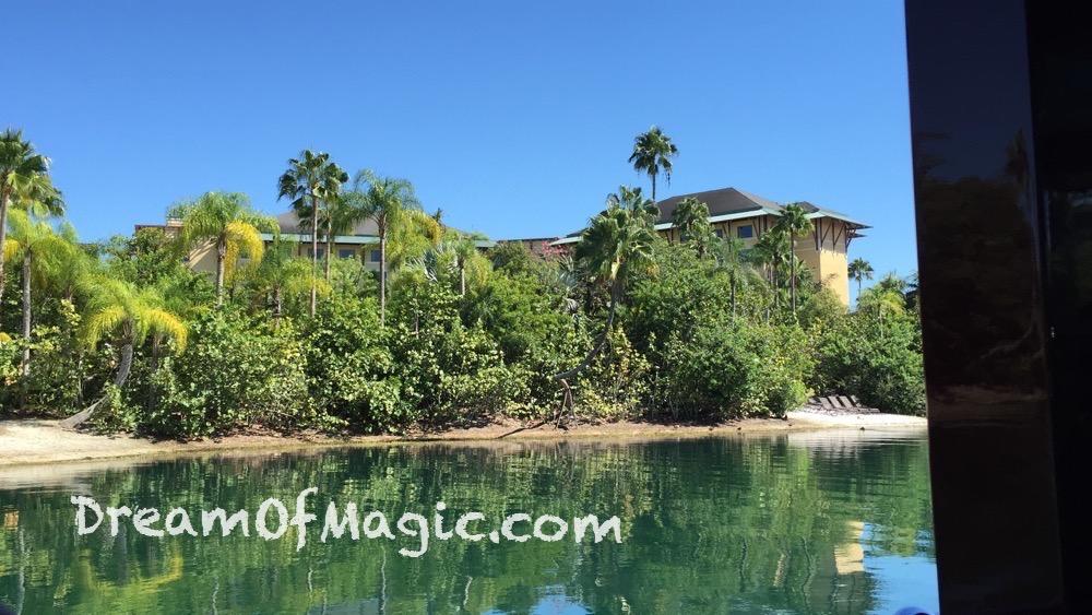 Royal Pacific Resort 2014-10-18-14-47-55 [iPhone 6]