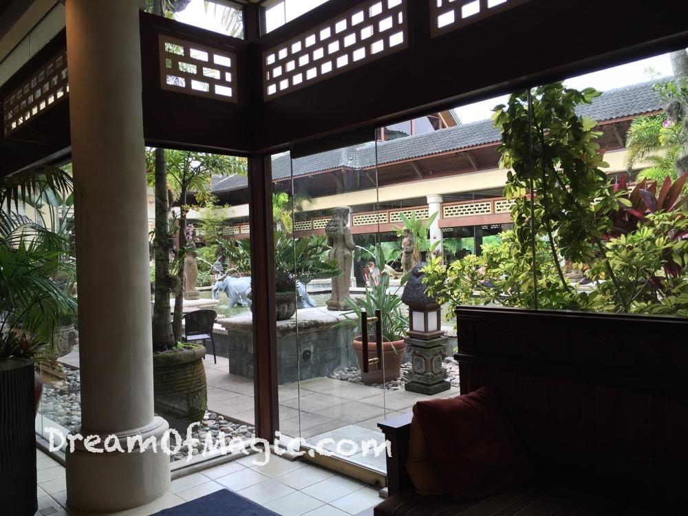 Royal Pacific Resort 2014-10-21-09-25-06 [iPhone 6]