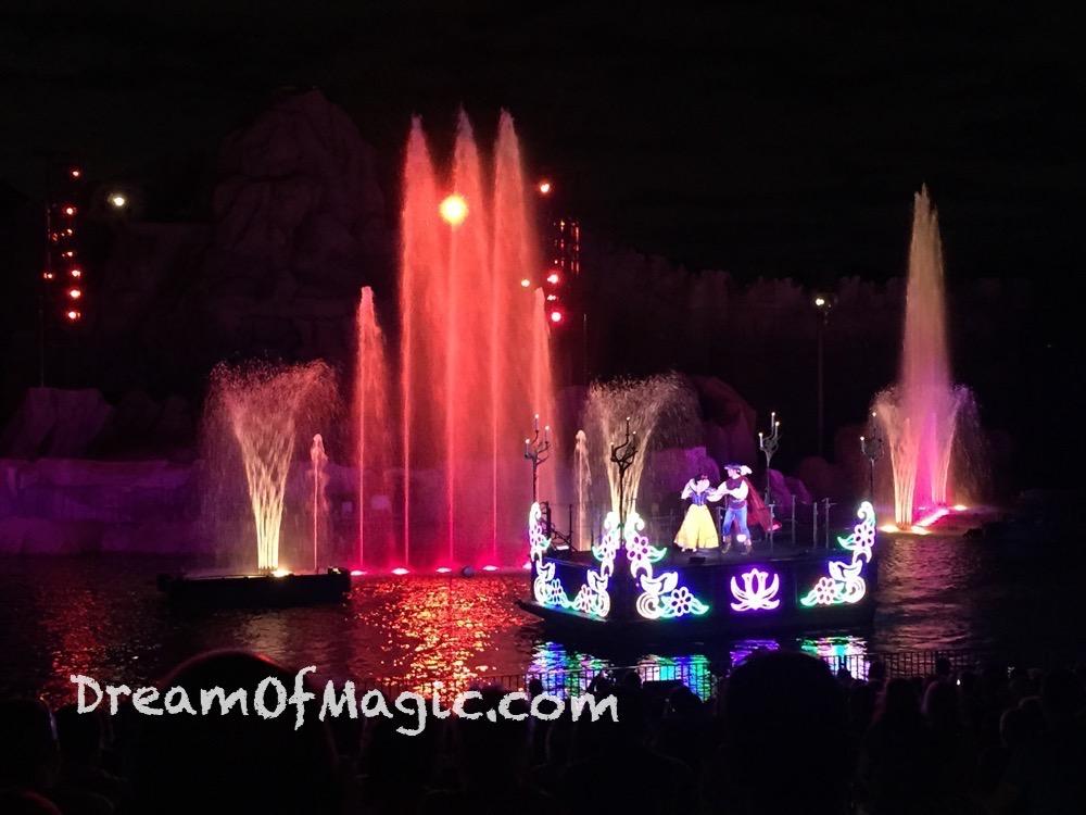 Fantasmic 2014-10-24-21-15-23 [iPhone 6]