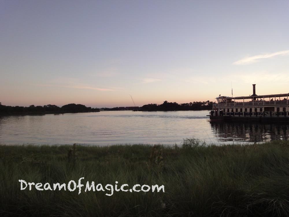Ferryboats 2014-10-27-18-52-39 [WX1]