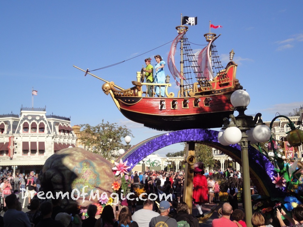 Festival of Fantasy Parade 2014-11-03-16-38-07 [WX1]