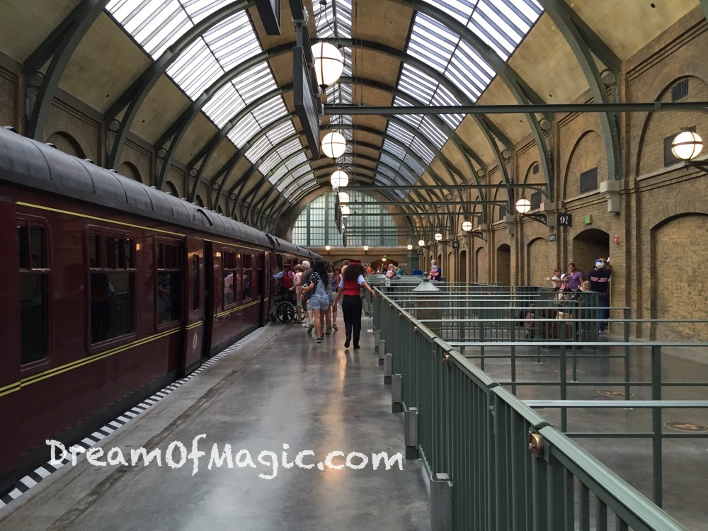 Hogwarts Express 2014-10-20-18-04-31 [iPhone 6]