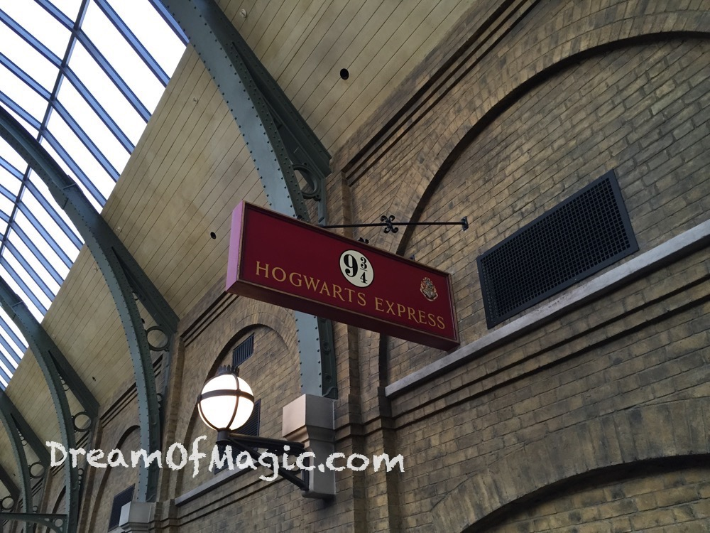 Hogwarts Express 2014-10-20-18-06-27 [iPhone 6]