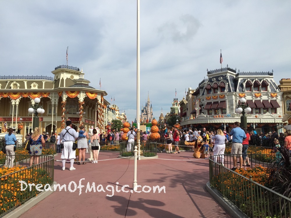 Main Street 2014-10-21-11-03-15 [iPhone 6]